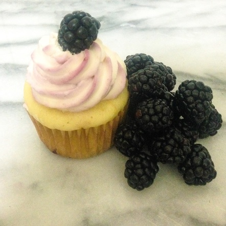 The Bramble Cupcake - The Tipsy Muffin
